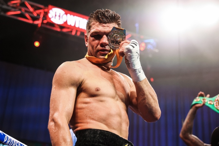 charlo-derevyancehnko-fight (16)