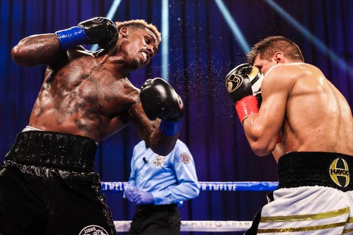 charlo-derevyancehnko-fight (2)