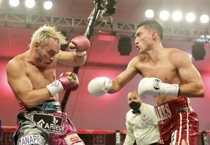 chavez-cazares-fight (2)