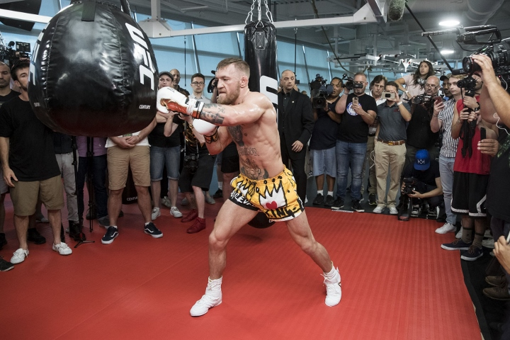 conor-mcgregor (18)