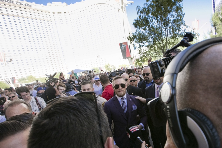 conor-mcgregor (5) (720x480)