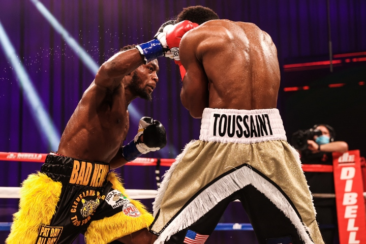 conwell-toussaint-fight (18)