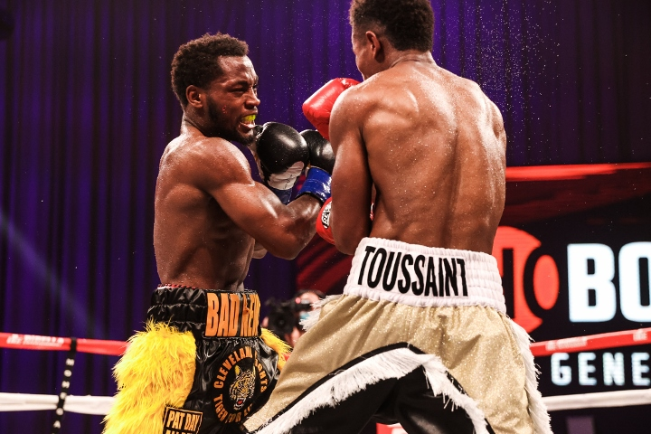 conwell-toussaint-fight (22)