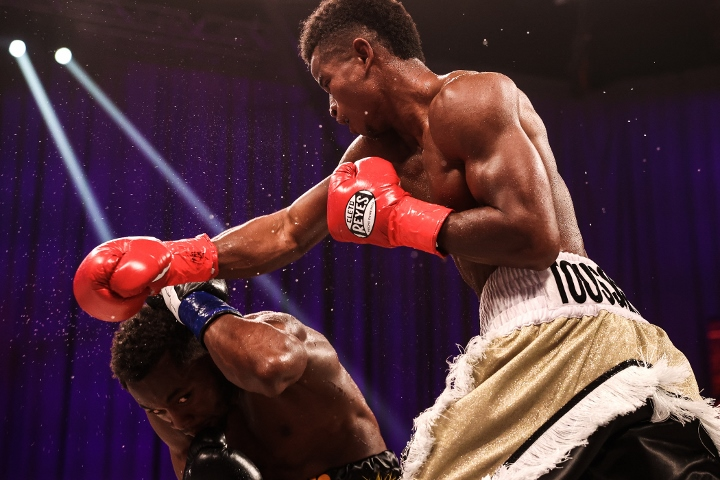 conwell-toussaint-fight (28)
