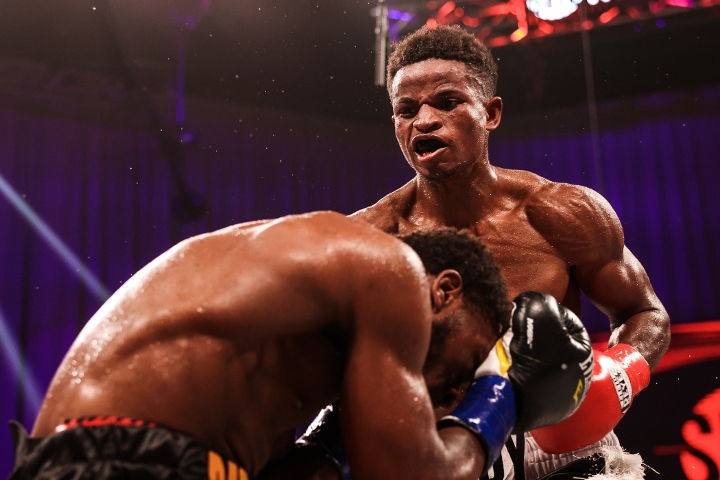 conwell-toussaint-fight (33)