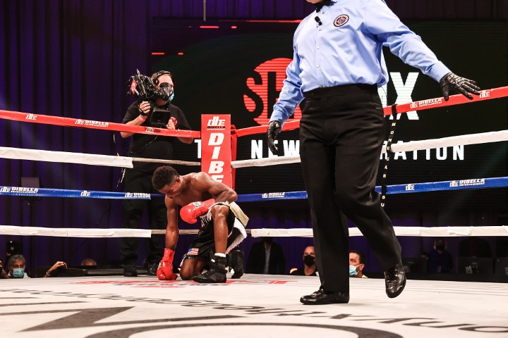 conwell-toussaint-fight (36)