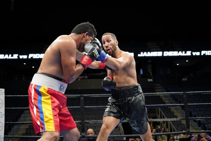 degale-munoz-fight (3)