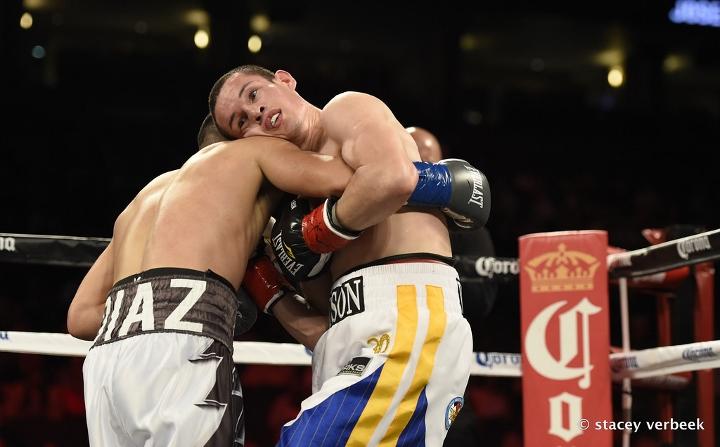 diaz-velez-fight (2)