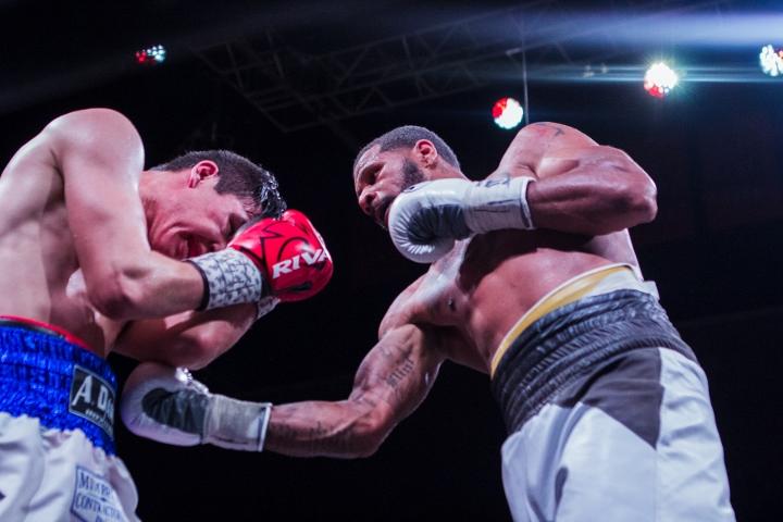 dirrell-han-fight (4)