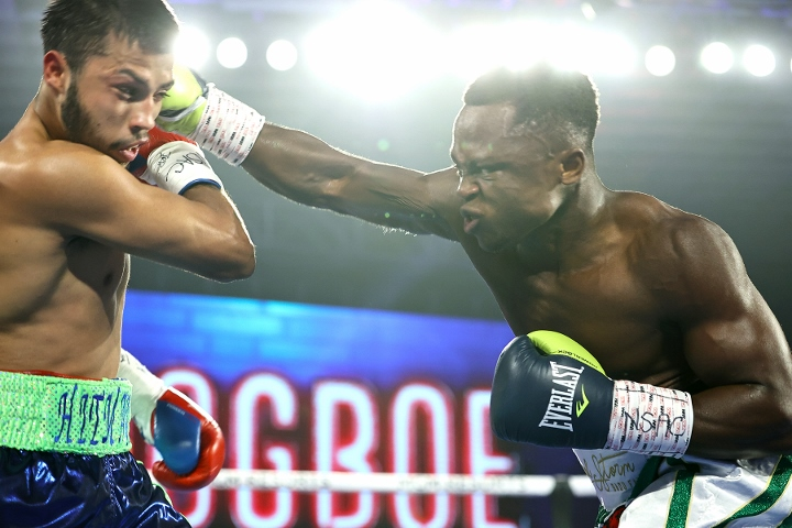 dogboe-avalos-fight (4)