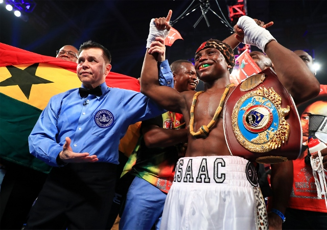 dogboe-magdaleno-fight (12)