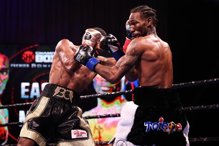 easter-martin-fight (4)
