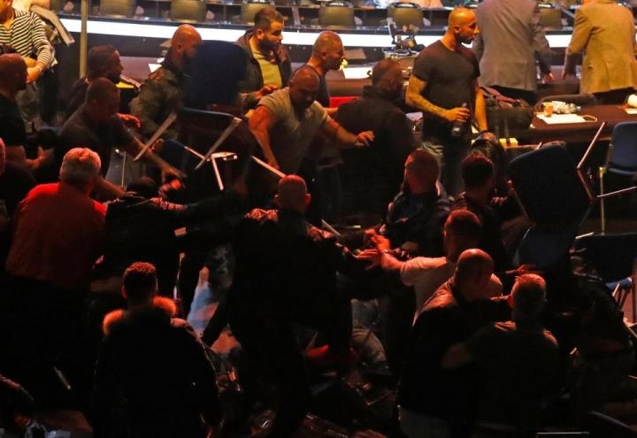 eubank-yildirim-fan-brawl (3)