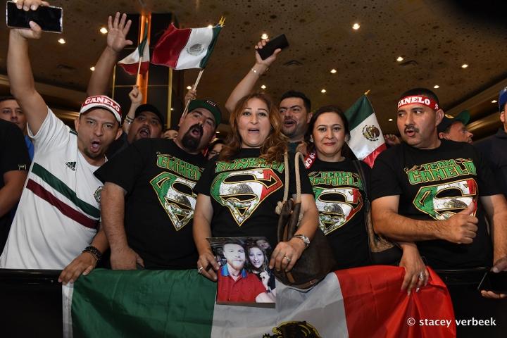 fans (1)