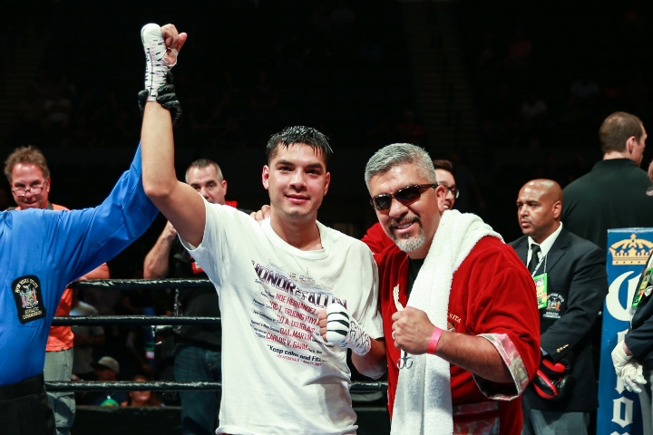 figueroa-guerrero-fight (8)