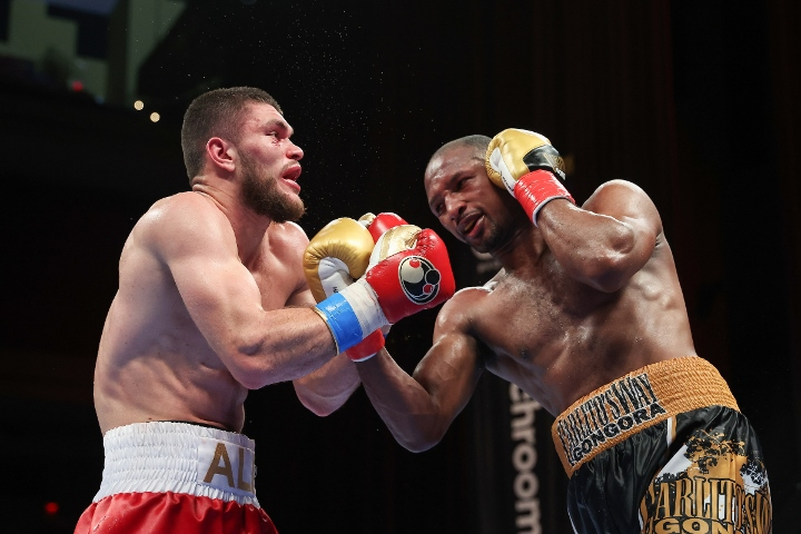 gongora-akhmedov-fight (38)