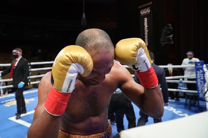 gongora-akhmedov-fight (47)