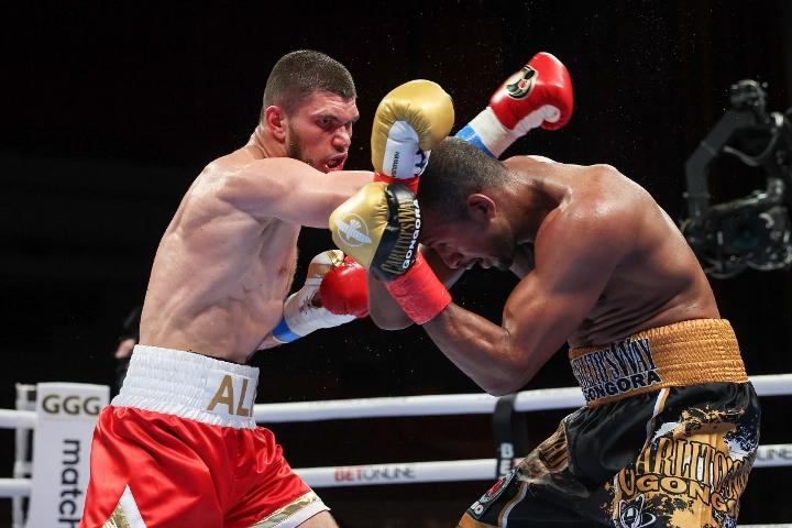 gongora-akhmedov-fight (61)