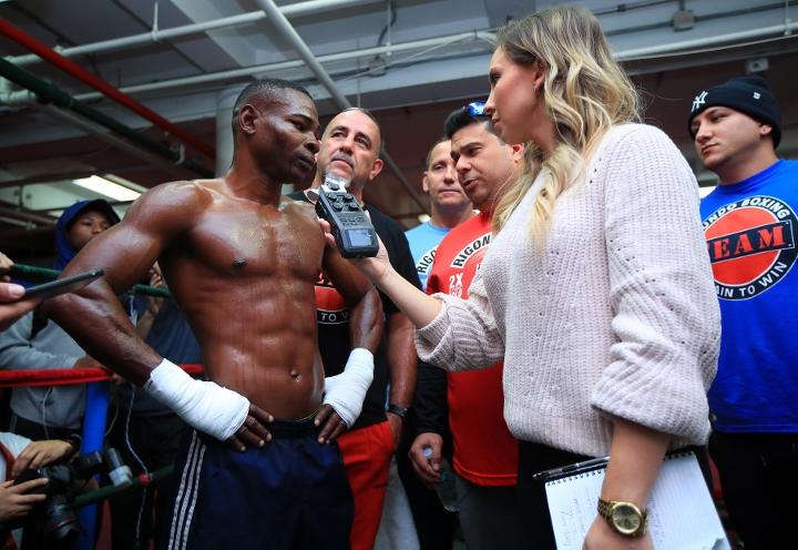 http://photo.boxingscene.com/uploads/guillermo-rigondeaux%20(2).jpg