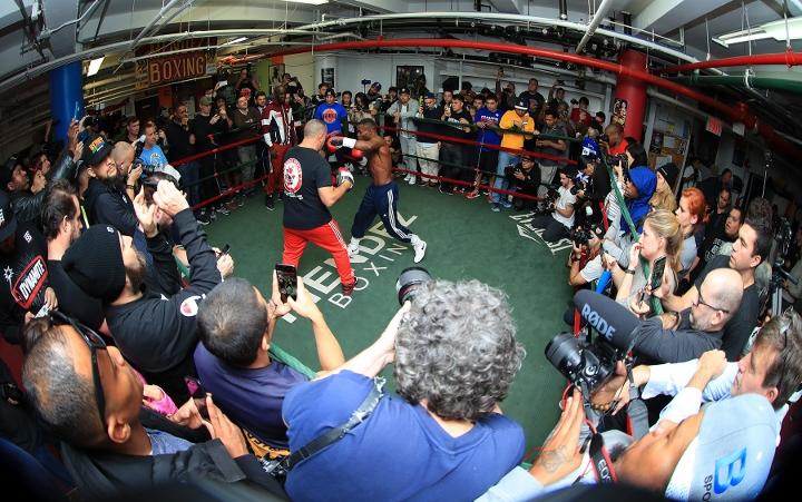 http://photo.boxingscene.com/uploads/guillermo-rigondeaux%20(8)_1.jpg