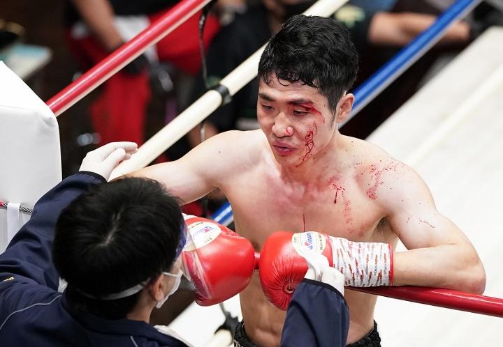inoue-kurihari-fight (6)