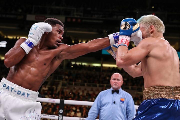 jacobs-chavez-jr-fight (10)