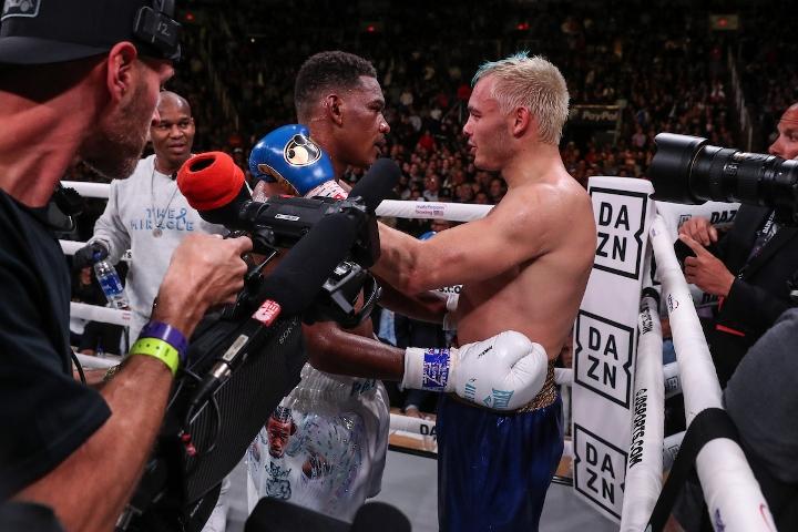 jacobs-chavez-jr-fight (17)