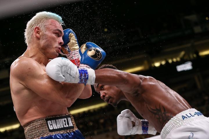 jacobs-chavez-jr-fight (22)