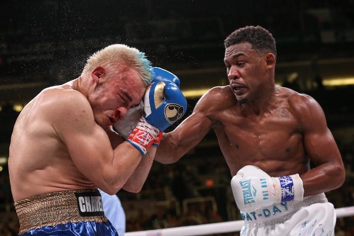 jacobs-chavez-jr-fight (33)