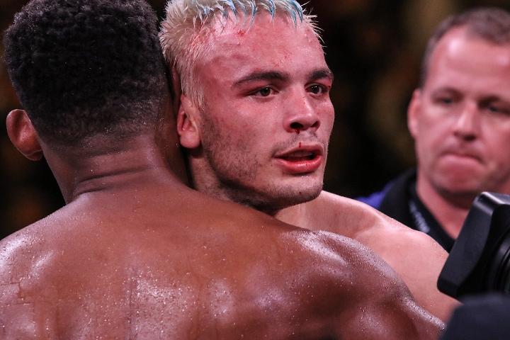 jacobs-chavez-jr-fight (35)