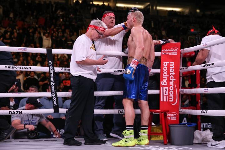 jacobs-chavez-jr-fight (38)