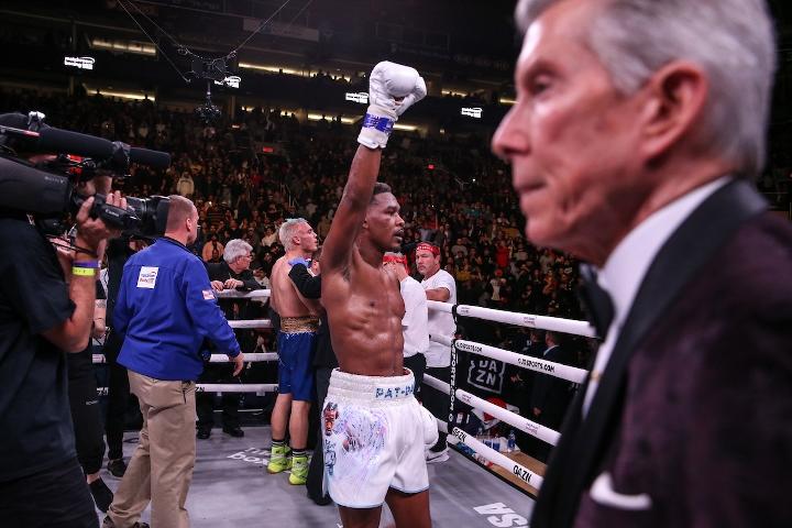 jacobs-chavez-jr-fight (40)