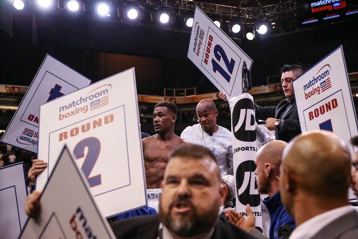 jacobs-chavez-jr-fight (43)