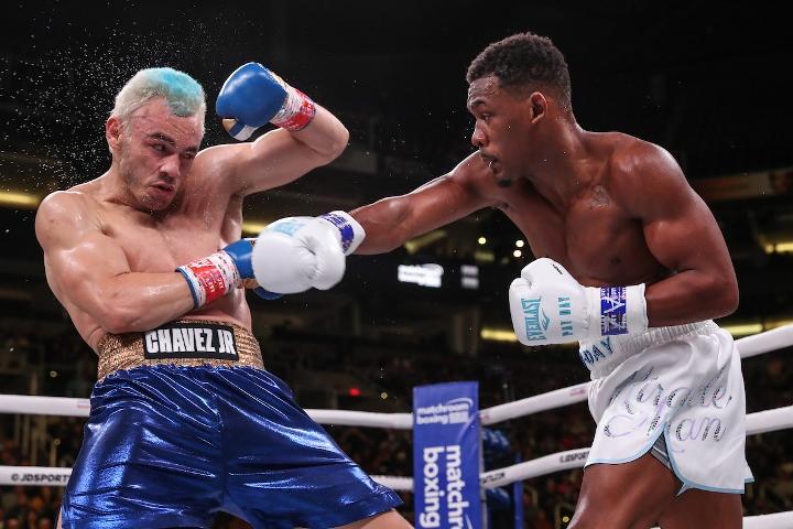 jacobs-chavez-jr-fight (5)