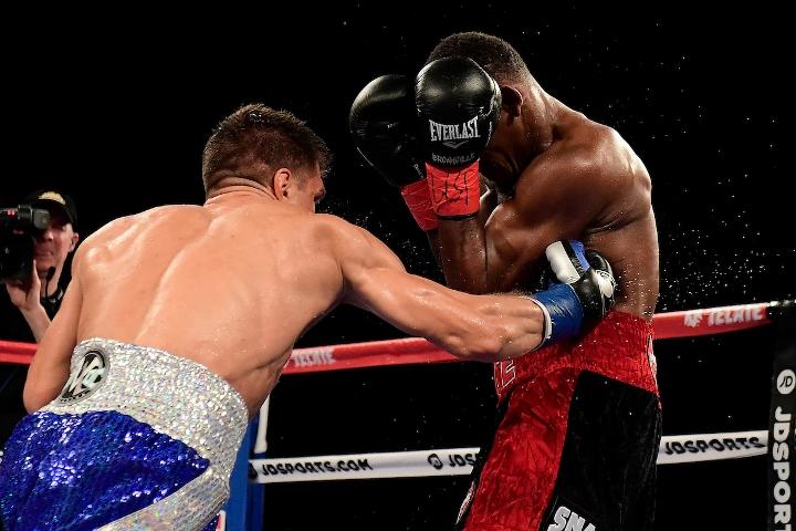 jacobs-derevyanchenko-fight (58)