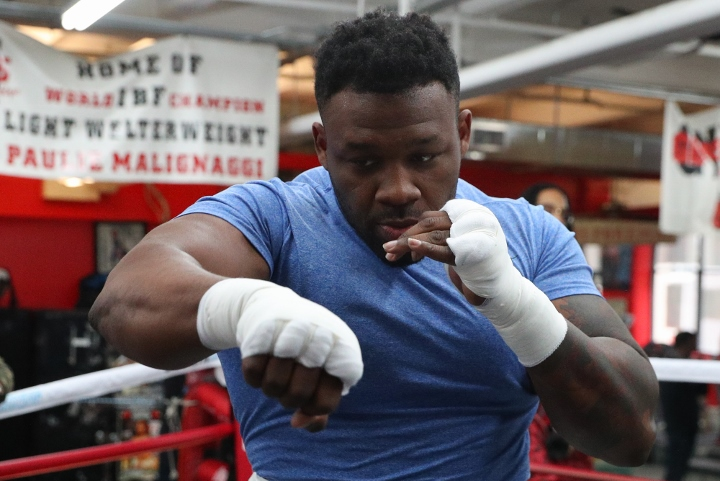 https://photo.boxingscene.com/uploads/jarrell-miller%20(2)_8.jpg