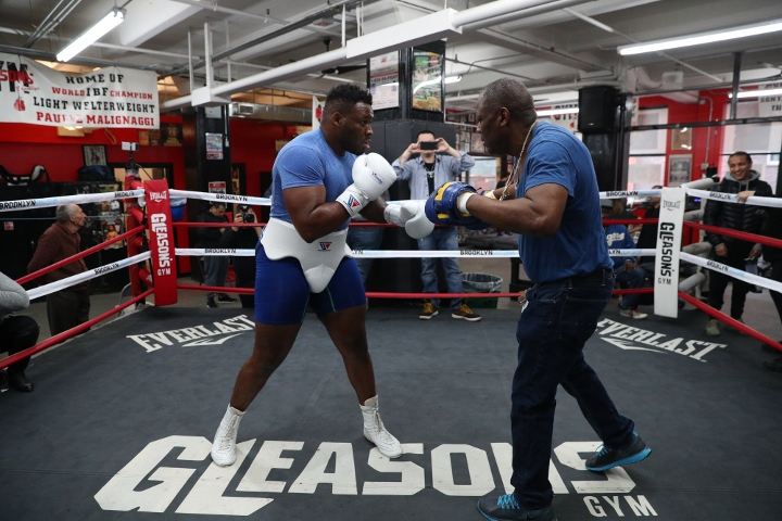 https://photo.boxingscene.com/uploads/jarrell-miller%20(3)_3.jpg