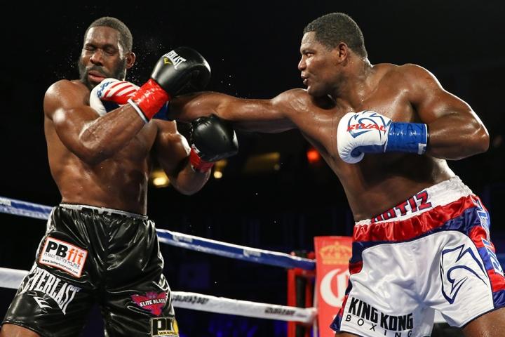 https://photo.boxingscene.com/uploads/jennings-ortiz.jpg