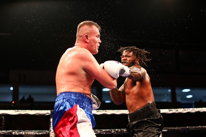 jermaine-franklin-sour-fight (2)