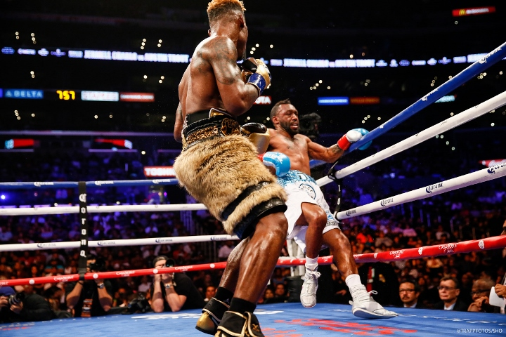 jermell-charlo-trout-fight (14)