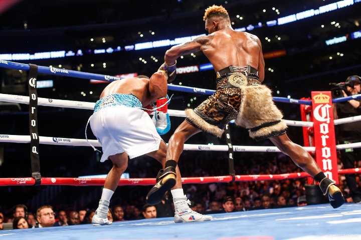 jermell-charlo-trout-fight (15)
