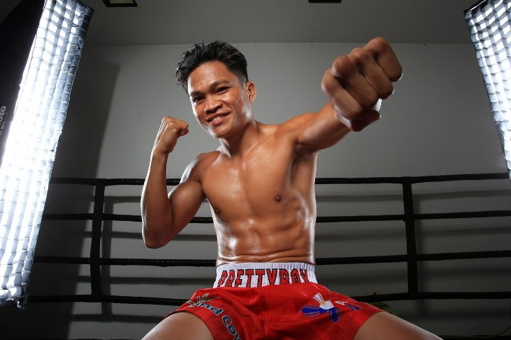 Jerwin Ancajas remains world champ via TKO in rousing U.S. debut