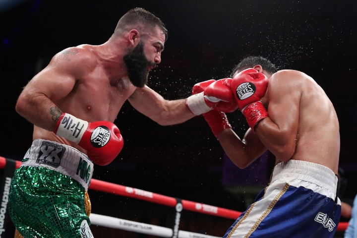 jono-carroll-valenzuela-fight (12)