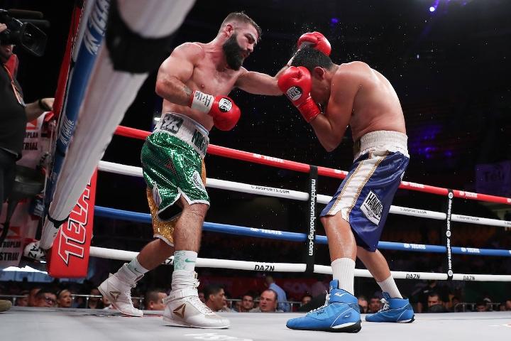 jono-carroll-valenzuela-fight (14)