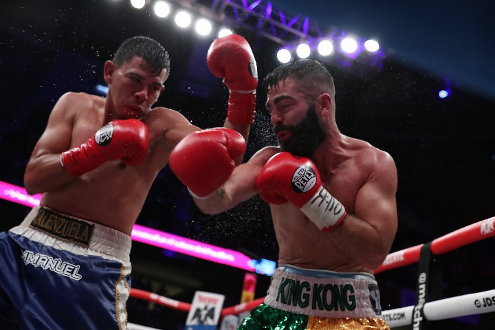jono-carroll-valenzuela-fight (18)