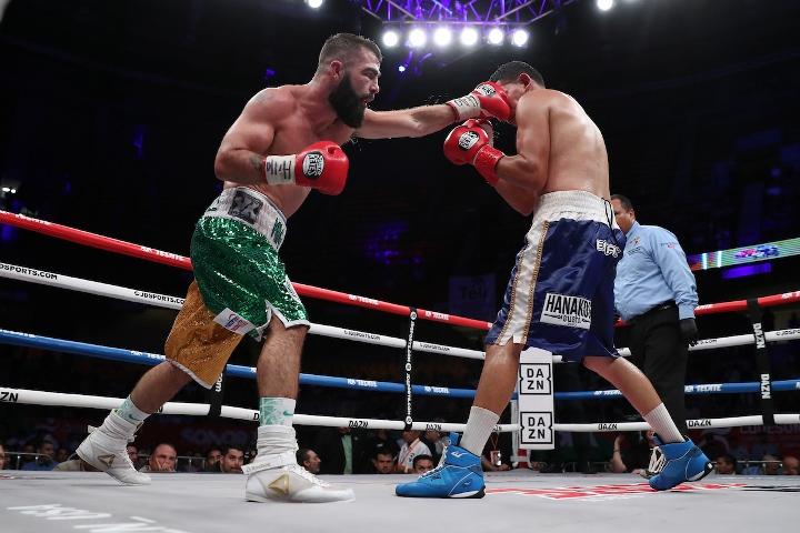 jono-carroll-valenzuela-fight (20)