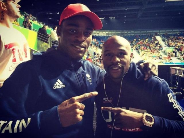 https://photo.boxingscene.com/uploads/joshua-buatsi-mayweather_1.jpg