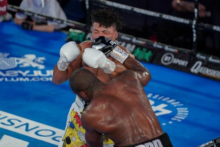joyce dubois fight%20(14)