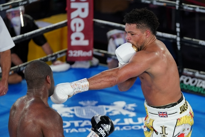 joyce dubois fight%20(19)
