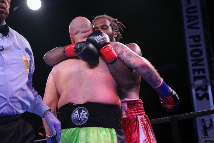 kauffman-alexander-fight (16)
